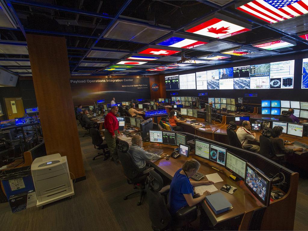 Видеостена CLARITY MATRIX в центре управления NASA, Алабама, США